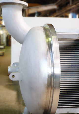 Surface condensers and tube and shell heat exchangers are used as vacuum condensers in the processing industry